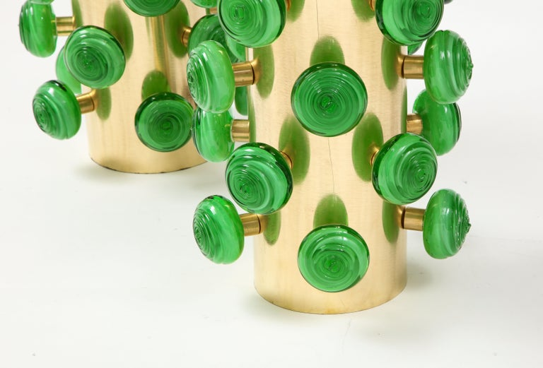 Pair of Green Murano Glass Knobs and Brass Cylinder Sculptural Lamps, Italy 2021 For Sale 2