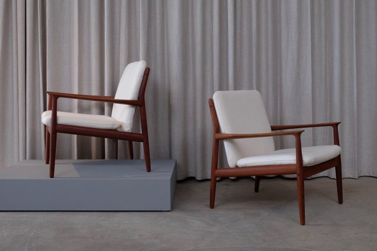 Pair of Svend Aage Eriksen Easy Chairs, Denmark, 1960s In Good Condition For Sale In Stockholm, SE