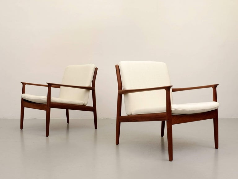 Mid-20th Century Pair of Svend Aage Eriksen Easy Chairs, Denmark, 1960s For Sale