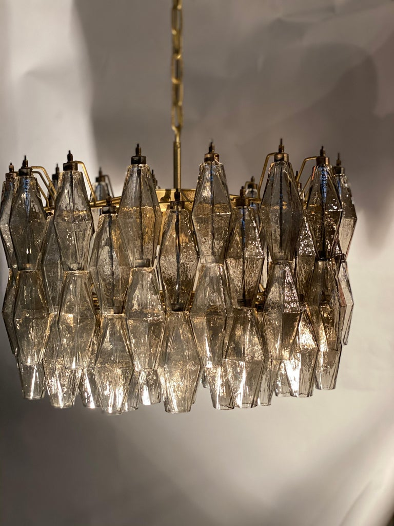 Pair of Grey Poliedri Murano Glass Chandeliers in Carlo Scarpa Style For Sale 5