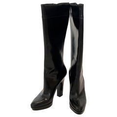 Pair of Gucci Shiny Black Side Zip Pointy Toe Platform and Heeled Knee Boots