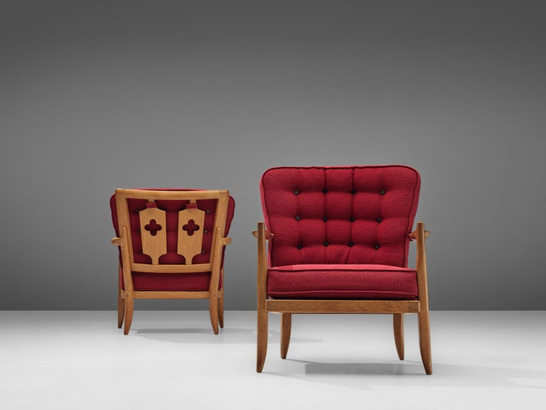 Mid-20th Century Pair of Guillerme et Chambron Easy Chairs in Oak and Red Upholstery For Sale