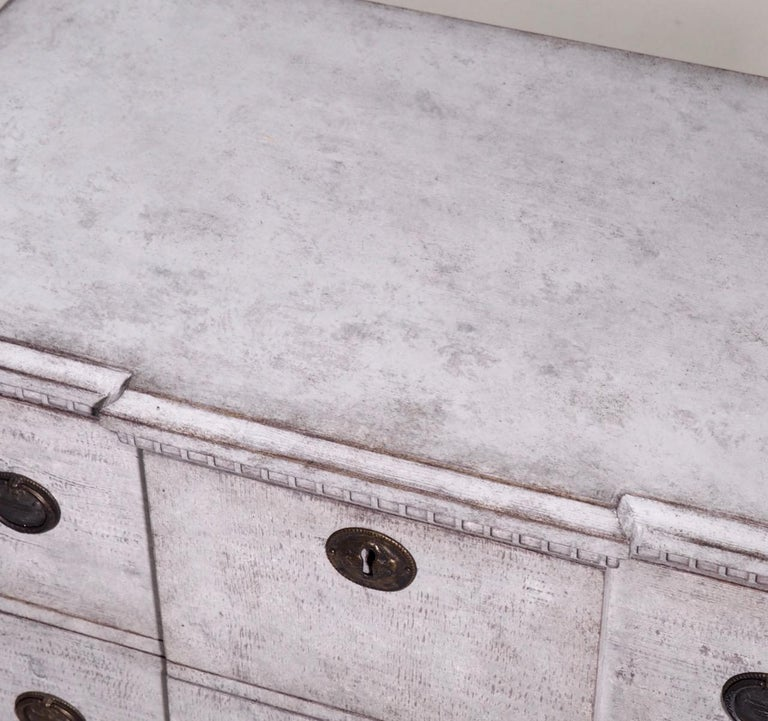 Pair of Gustavian Break-Front Chests, 19th Century For Sale 1