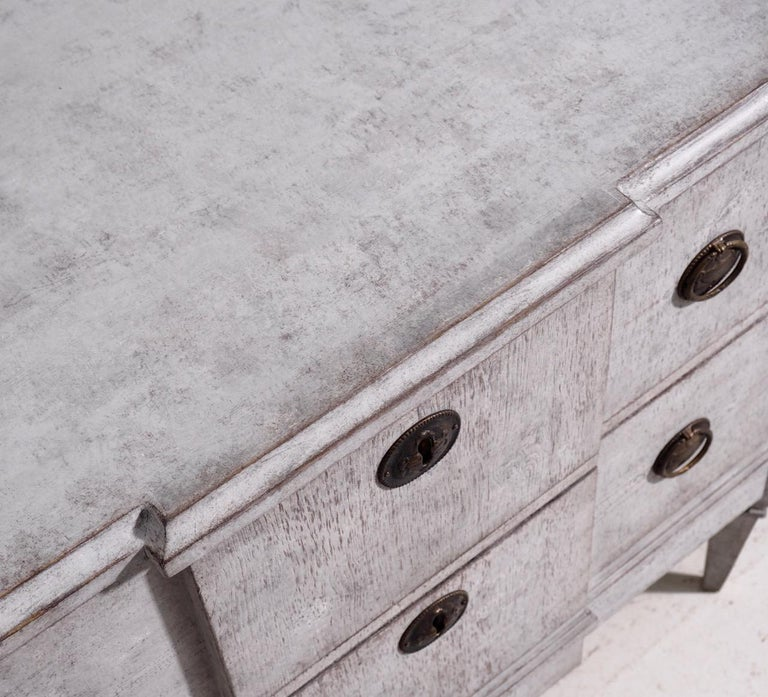Pair of Gustavian Break-Front Chests, 19th Century For Sale 3