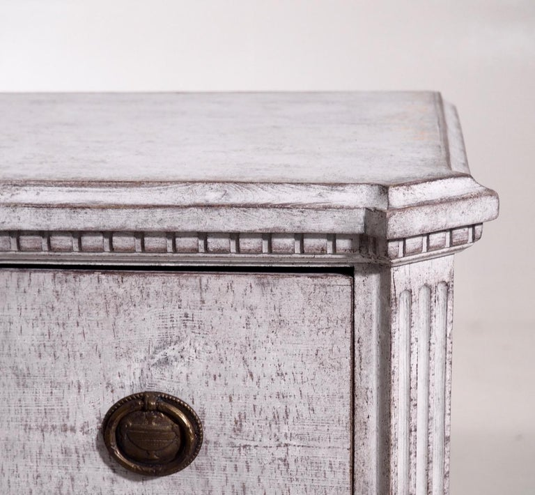Pair of Gustavian Break-Front Chests, 19th Century For Sale 4