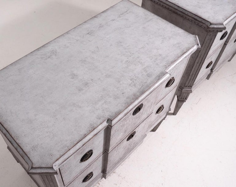 Pair of Gustavian Break-Front Chests, 19th Century For Sale 5