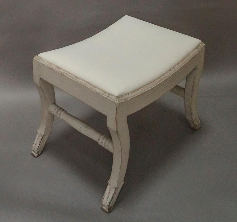 Pair of Gustavian Style Swedish Stools In Good Condition For Sale In Sheffield, MA