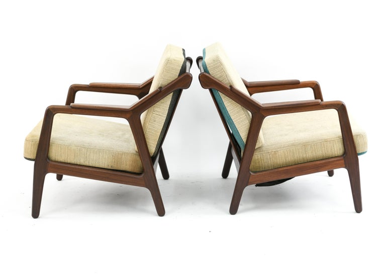 Pair of H. Brockmann-Petersen Danish Lounge Chairs For Sale 5