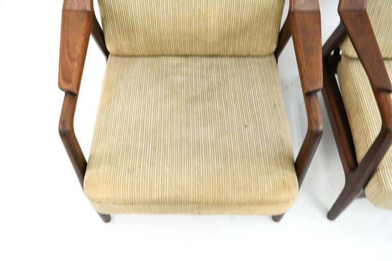 Pair of H. Brockmann-Petersen Danish Lounge Chairs For Sale 3