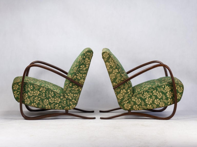 Pair of H269 Lounge Chairs by Jindřich Halabala for Up Závody Brno, 1930s In Good Condition In Lucenec, SK