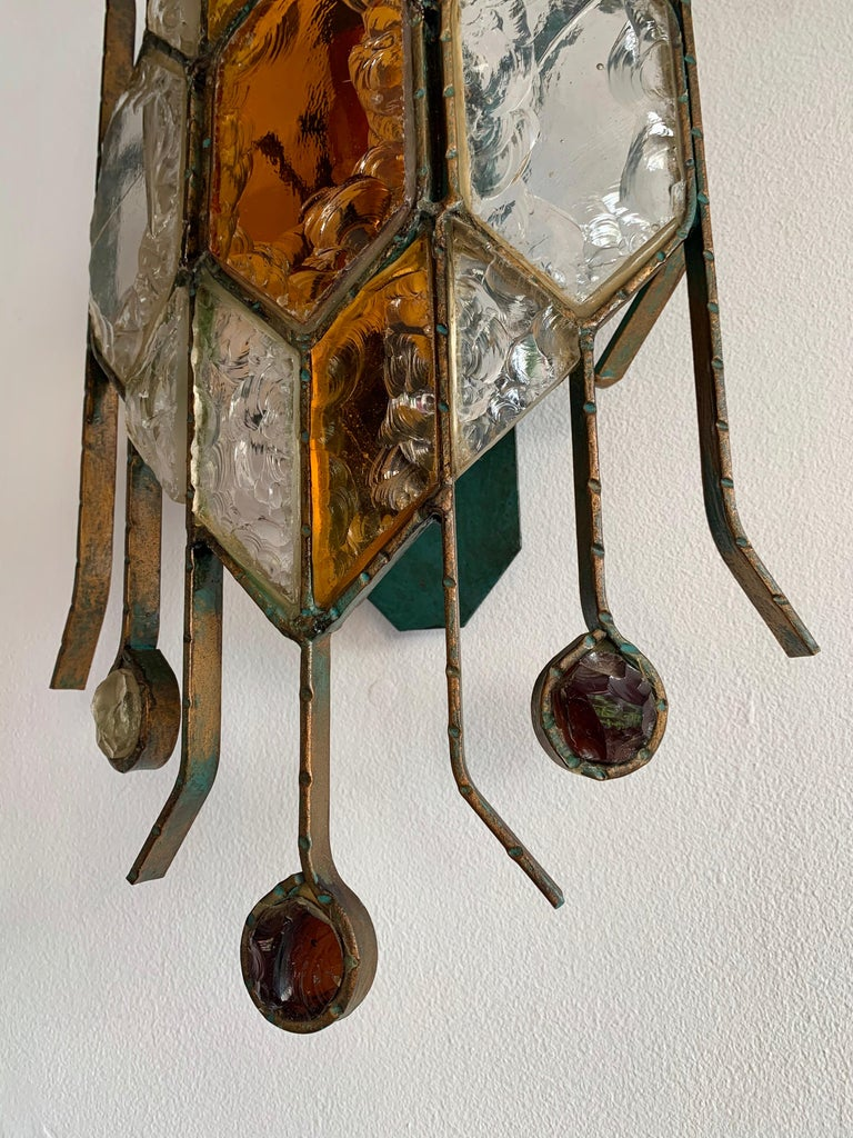 Pair of Hammered Glass Sconces by Longobard, Italy, 1970s In Good Condition For Sale In SAINT-OUEN, FR
