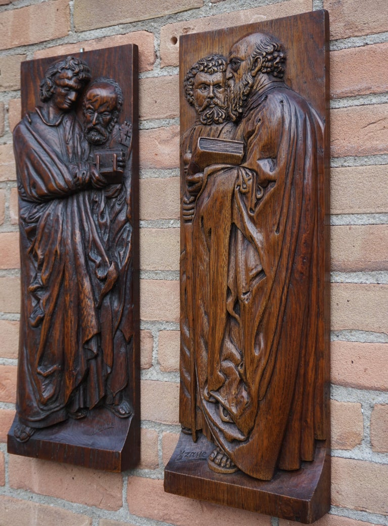 Pair of Hand Carved Antique Wall Plaques with Apostles or Clergyman Sculptures For Sale 3