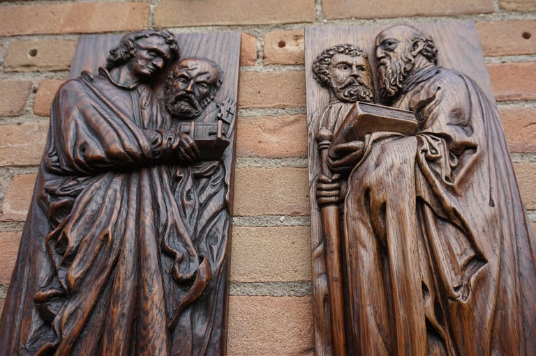 Renaissance Revival Pair of Hand Carved Antique Wall Plaques with Apostles or Clergyman Sculptures For Sale