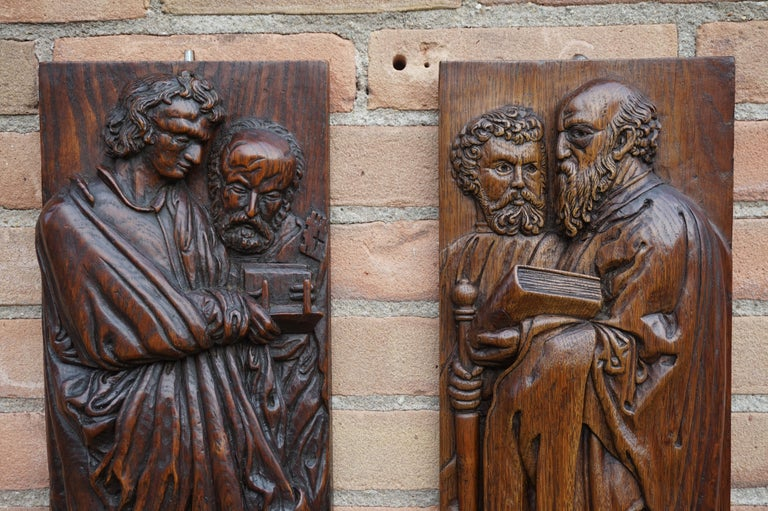 European Pair of Hand Carved Antique Wall Plaques with Apostles or Clergyman Sculptures For Sale