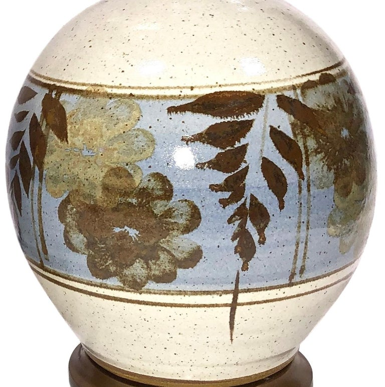 Italian Pair of Hand-Painted Ceramic Table Lamps For Sale