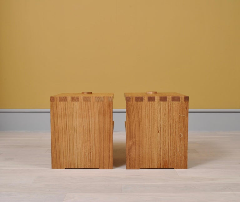 Post-Modern Pair of Handcrafted Architectural Oak Nightstands For Sale