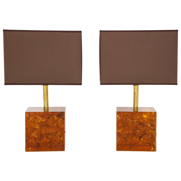 This elegant pair of tortoise shell colored cube or square base lamps were handcrafted by an artisan in Florence, Italy of resin infused with a bronze color and utilizing an artistic technique which adds texture and movement to the inside of the