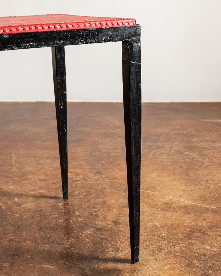 Pair of Handsome Side Tables in the Style of Jean-Michel Frank, France, 1940s In Good Condition For Sale In Santa Fe, NM