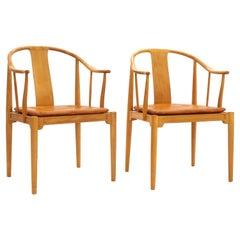 Pair of Hans J. Wegner Beautiful Patinated Beech China Chairs by Fritz Hansen