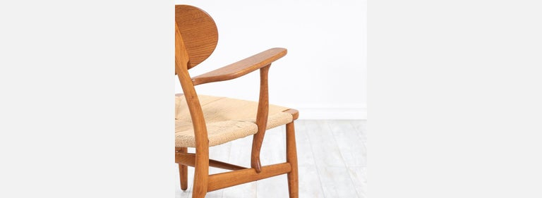 Pair of Hans J. Wegner CH-22 Lounge Chairs for Carl Hansen & Søn For Sale 6