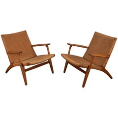 Pair of Hans J. Wegner Ch-25 Armchairs for Carl Hansen & Son