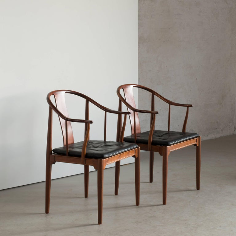 Pair Of Hans J Wegner Chinese Chairs In Walnut For Fritz