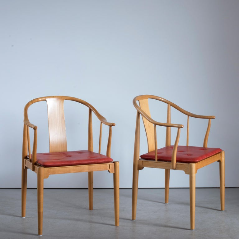 Danish Pair of Hans J. Wegner Chinese Chairs of Cherrywood for Fritz Hansen For Sale
