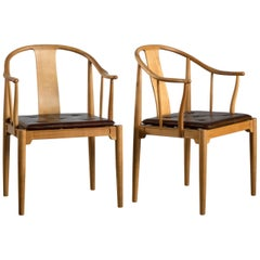 Pair of Hans J. Wegner Chinese Chairs of Cherrywood for Fritz Hansen