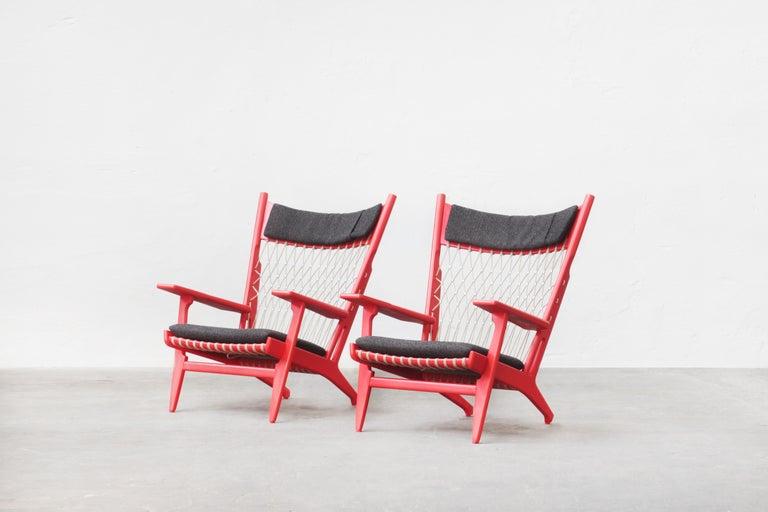 Danish Pair of Hans J. Wegner Flag Halyard Chair JH719 for Johannes Hansen Denmark 1968 For Sale
