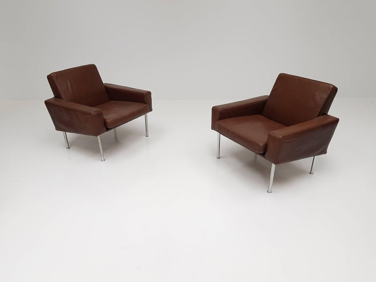Scandinavian Modern Pair of Hans J. Wegner Model 34/1
