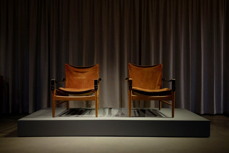 Pair of Hans Olsen Easy Chairs, 1960s For Sale 3
