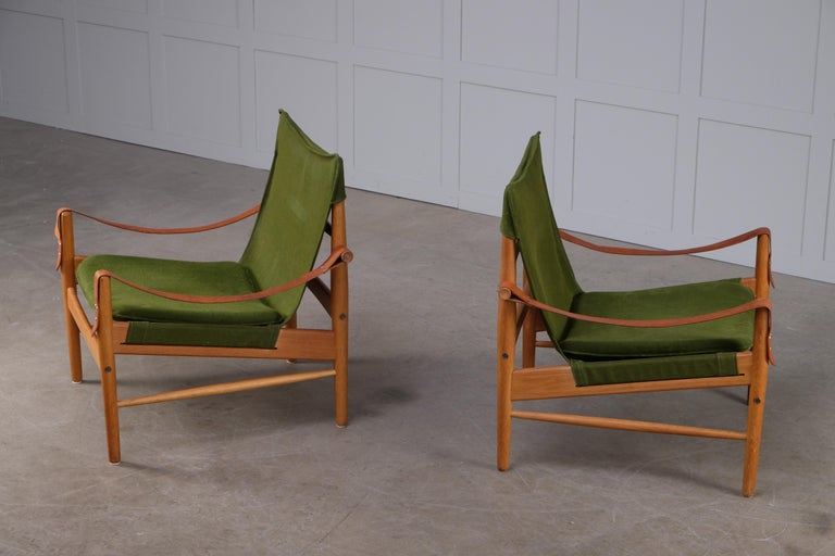 Pair of Hans Olsen Easy Chairs, 1960s For Sale 4