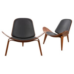 Pair of Hans Wegner for Carl Hansen & Søn Leather and Bentwood CH07 Shell Chairs
