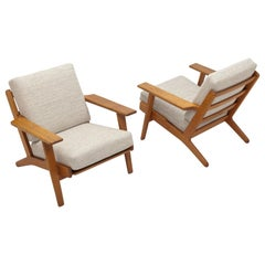 Pair of Hans Wegner Lounge Chairs GE290 by GETAMA