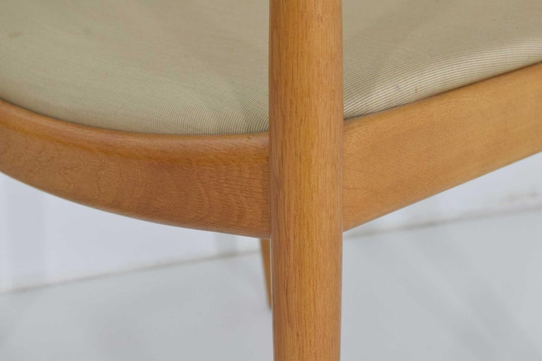 Pair of Hans Wegner Round Chairs For Sale 5