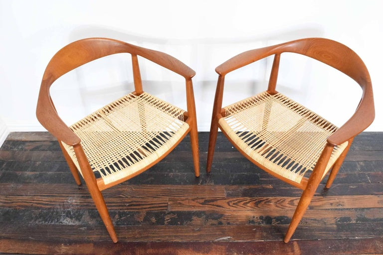 Cane Pair of Hans Wegner Round Chairs For Sale