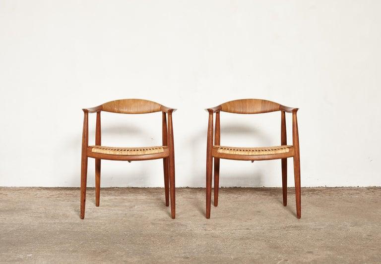 Mid-Century Modern Pair of Hans Wegner the Chair, Model JH501, Johannes Hansen, 1950s-1960s For Sale