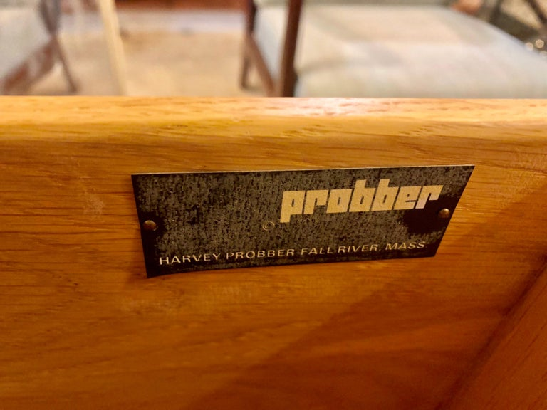 Pair of Harvey Probber Labeled Burl Wood and Mahogany Commode Chests Nightstands For Sale 8