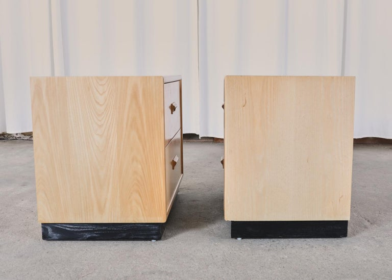 Pair of Henredon Burlwood Bachelor's Chests or Nightstands For Sale 12