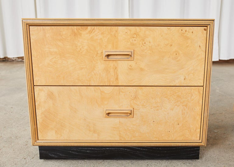20th Century Pair of Henredon Burlwood Bachelor's Chests or Nightstands For Sale
