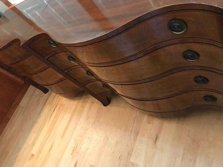 Pair of Hepplewhite Serpentine 1940s American Dressers For Sale 10