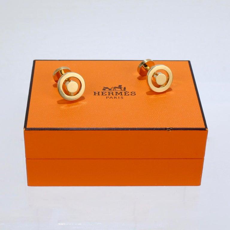 Pair of Hermes 18 Karat Gold Cufflinks For Sale 7