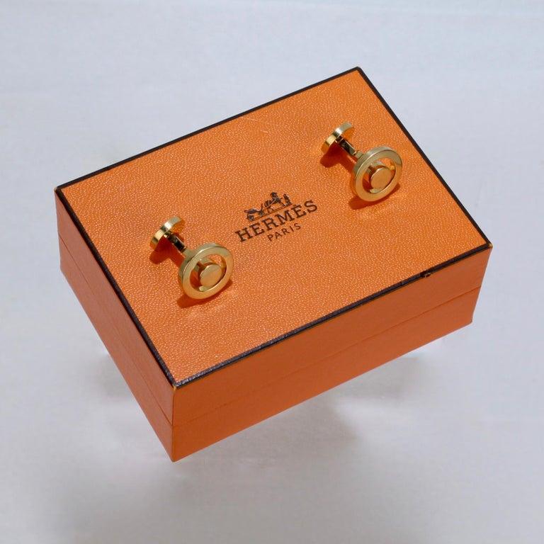 Pair of Hermes 18 Karat Gold Cufflinks For Sale 8