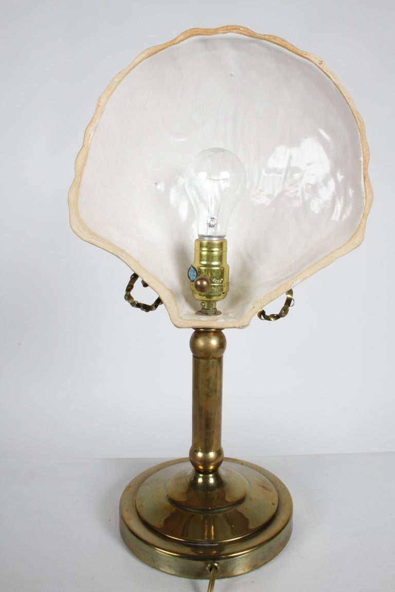 Pair of Hollywood Regency 1970s Hart Associates Ceramic Shell & Brass Lamps For Sale 7