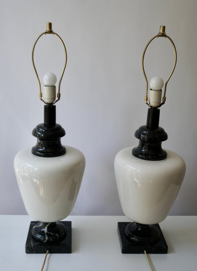 Pair of Hollywood Regency Black and White Marble Table Lamps For Sale 3