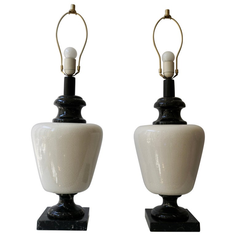 Pair of Hollywood Regency Black and White Marble Table Lamps For Sale