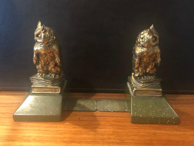 Pair of Hollywood Regency Gold Gilt Owl Bookends by Borghese In Good Condition For Sale In San Diego, CA