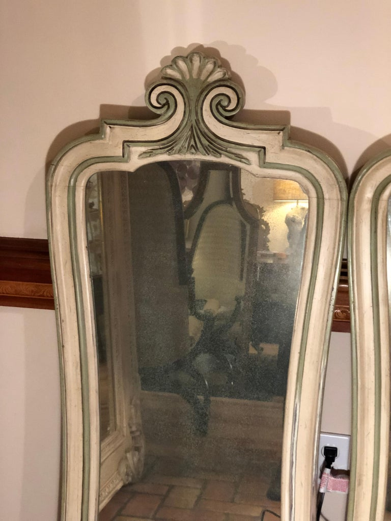 Pair of Hollywood Regency Mirrors In Good Condition For Sale In Redding, CT
