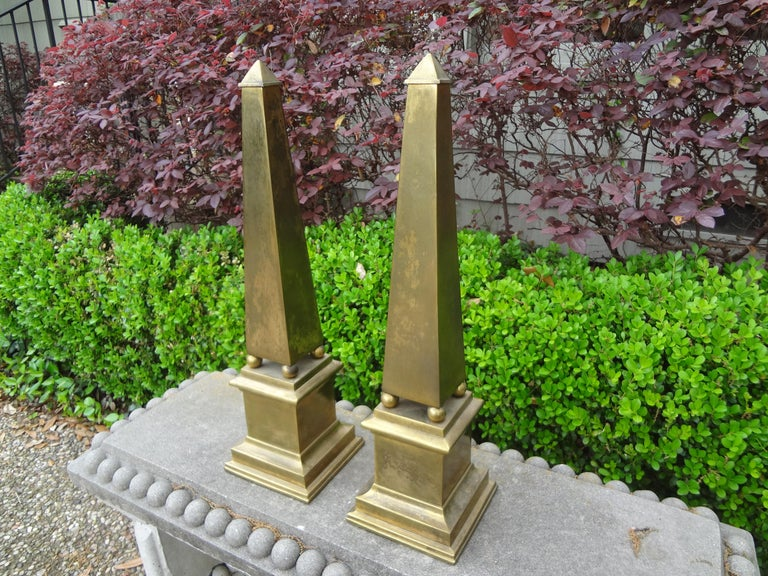Pair of Hollywood Regency Neoclassical Style Brass Obelisks For Sale 3