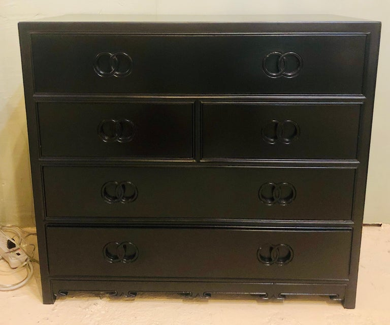 20th Century Pair of Hollywood Regency Style Ebony Michael Taylor Designed Chests for Baker For Sale